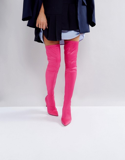 <a href='http://www.asos.com/asos/asos-kindy-point-over-the-knee-boots/prd/8488092?clr=pinksatin&SearchQuery=&cid=4172&pgesize=9&pge=0&totalstyles=9&gridsize=4&gridrow=1&gridcolumn=2' target='_blank' rel='noopener noreferrer'>ASOS</a></p>