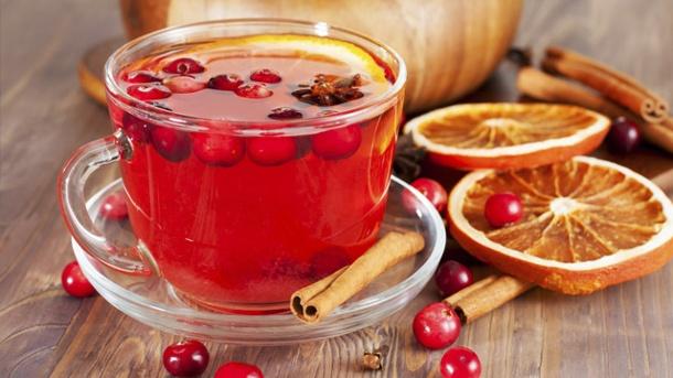 eine-variante-die-garantiert-auch-erwachsenen-schmeckt-amerikanischer-punsch-mit-cranberrys.jpg