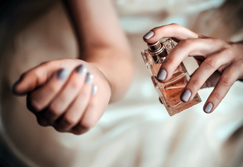 perfume_feat_0.jpg