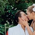 Kate Moss romantikázik egy cseppet