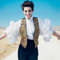 Anne Hathaway a Vogue-ban