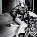 Kate Moss a Vogue karácsonyi számában