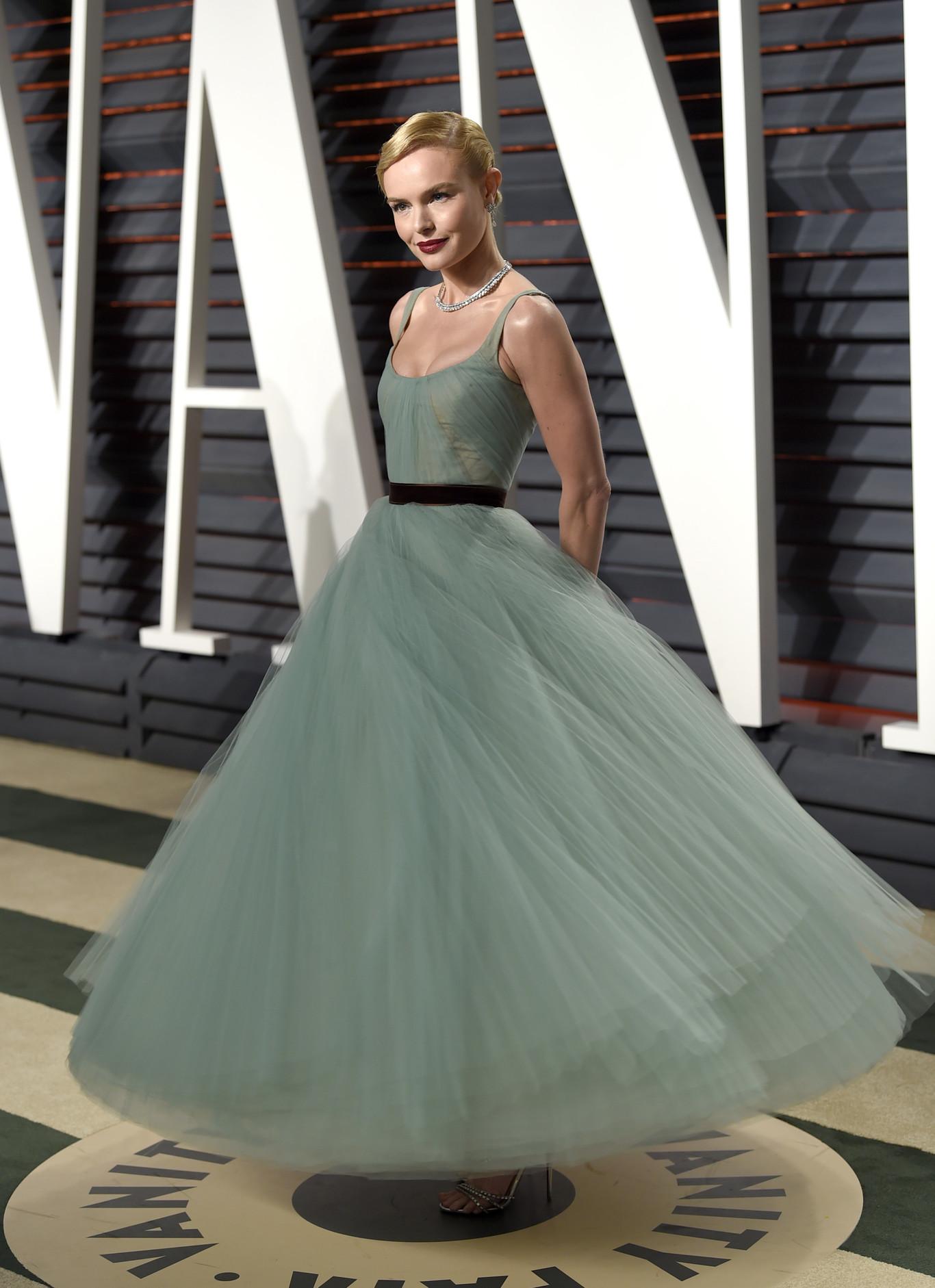 Kate Bosworth J. Mendel nagyestélyiben.