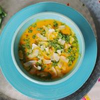 2 kényeztető krémleves: sült répa sok fűszerrel és brokkoli húsgolyókkal