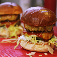 Az év legjobb hamburger bulija