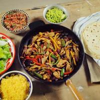 A 4. adás receptjei: brutális csirke fajitas és bódító csirke curry, ízutazás a csirke körül