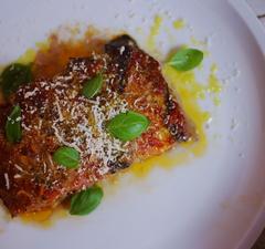Olasz csúcskaja Szicíliából: parmigiana di melanzane