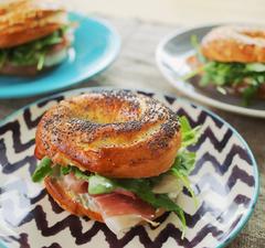 A 23. adás receptjei: házi bagel, kamu ázsiai tészta és zseniális fordított almatorta