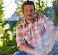 Jamie Oliver új könyvvel támad