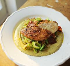 Fűszeres csirkemell és kelbimbó kétféleképpen