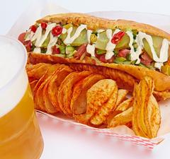 Hot-dog és jéghideg sör a Bazilikánál!