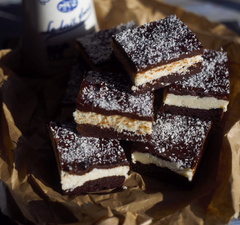 Bounty brownie