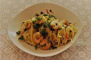 Garnélás spagetti chilivel és fokhagymával