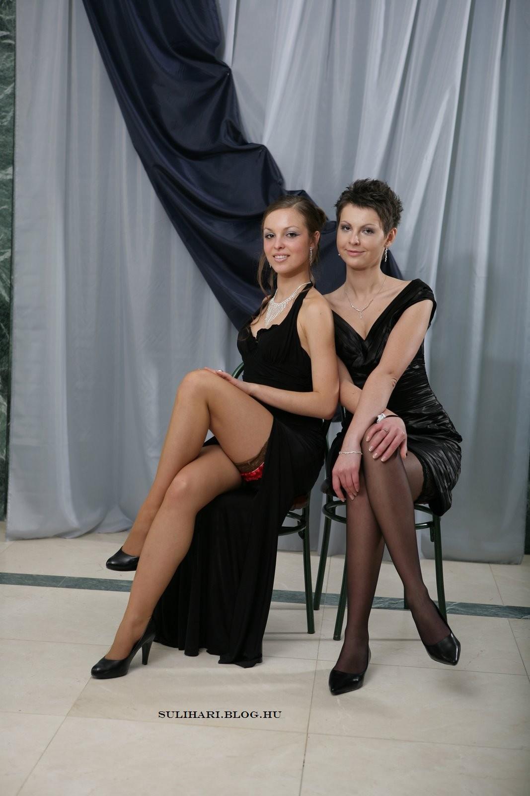 Girls Posing In Evening Dress Sitting Ii | Free HD Wallpapers