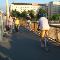 Felsőbbrendű biciklisek ?