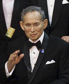 bhumibol-adulyadej-kiraly.jpg