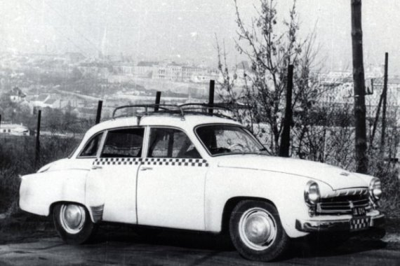 wartburgtaxi1.jpg