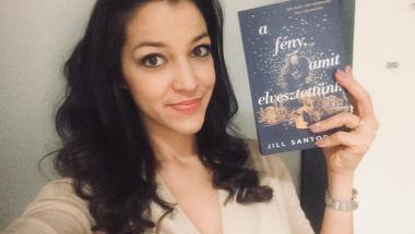 Órákig tartó zokogásra vágysz? Ezt a könyvet olvasd el! // Jill Santopolo: A fény, amit elvesztettünk