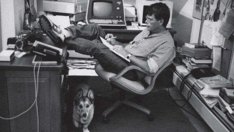 stephen-king-reading-list-for-writers-800x450.jpg