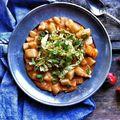 Sült paprikás burgonyafőzelék currys kelkáposztával