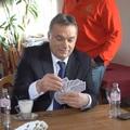 Bréking: Cukikampányba kezdett a Fidesz!