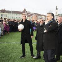 A magyar gazdaságot már csak a nemzeti fociválogatott mentheti meg