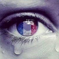 Párizs nem hisz a könnyeknek