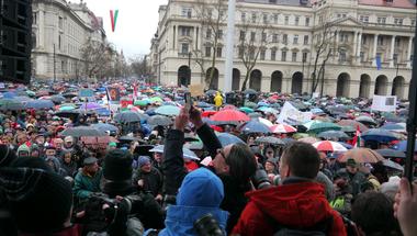A Fidesz a belső felmérések csapdájában