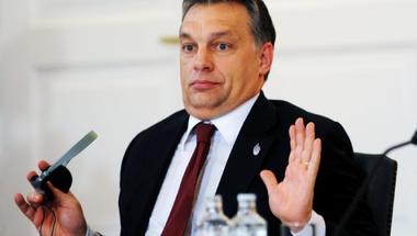 És akkor Orbán Viktor meghátrál