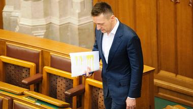 Sumákoló Rogán, mellébeszélő Matolcsy