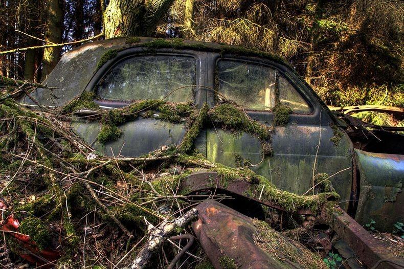 chatillon-car-graveyard-142.jpg