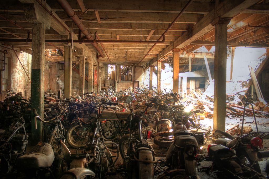 motorcyclegraveyard4.jpg