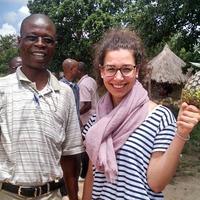 Minden napot kézfogással kezdünk – egy magyar látszerész Afrikában