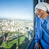 Ez a 100 éves apáca elfelejtett megöregedni