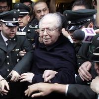 Szexuálisan zaklatott papokat fogad a pápa