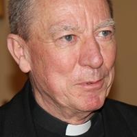 Beer Miklós: Ideje pappá szentelni nős férfiakat, írok a pápának