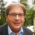 Fabiny Tamás: A bűnös hallgatás és az állványimádás is megkísérti az egyházakat