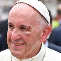 Behúztak Ferenc pápának?
