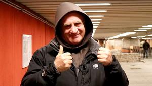 Böjte Csaba naggyon lazán kíván ajándékozó új évet