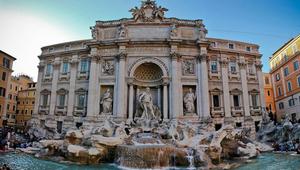 A világhíres szökőkútban gyűlik az adomány Róma rászorulóinak
