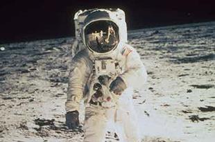 Így találkozott egy űrhajós Istennel a Holdon
