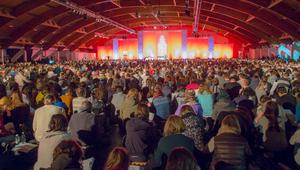 Képes-e tízezernyi fiatal békésen együtt szilveszterezni?