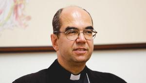 Menekülteket fogadott be a szombathelyi püspök