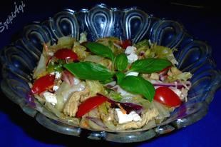 Saláta-mix worcestershire szósszal