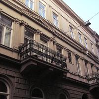 Frida Háza, avagy férfiörömök a Magyar utcában