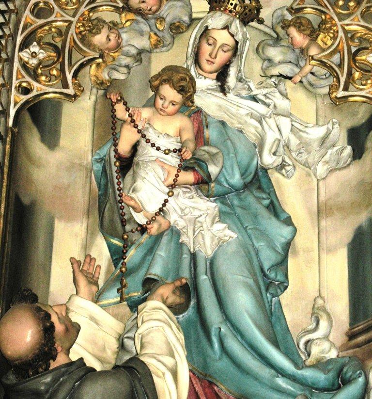 rosary-madonna-detailsmaller_1.jpg