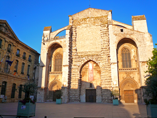 basilique-de-saint-maximin-la-sainte-_baume_530.jpg