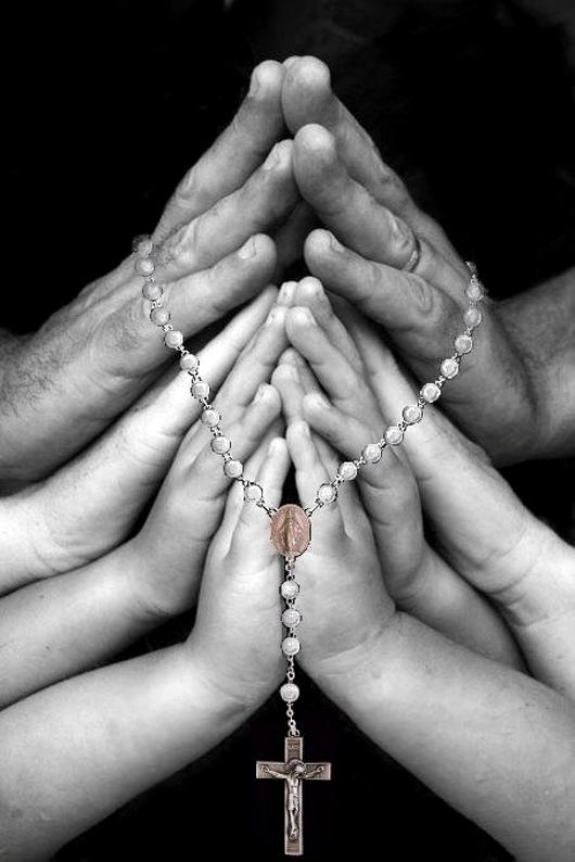 ima_praying_hands_2_530.JPG