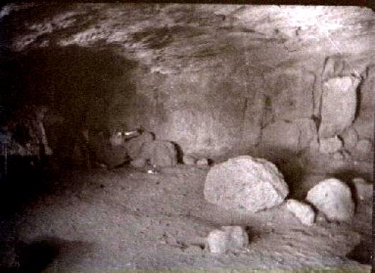 cornacchiola-grotta_3fontane530.jpg