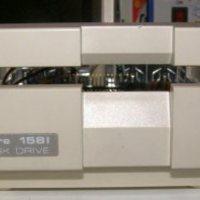 Commodore 1581 floppy drive - javítás